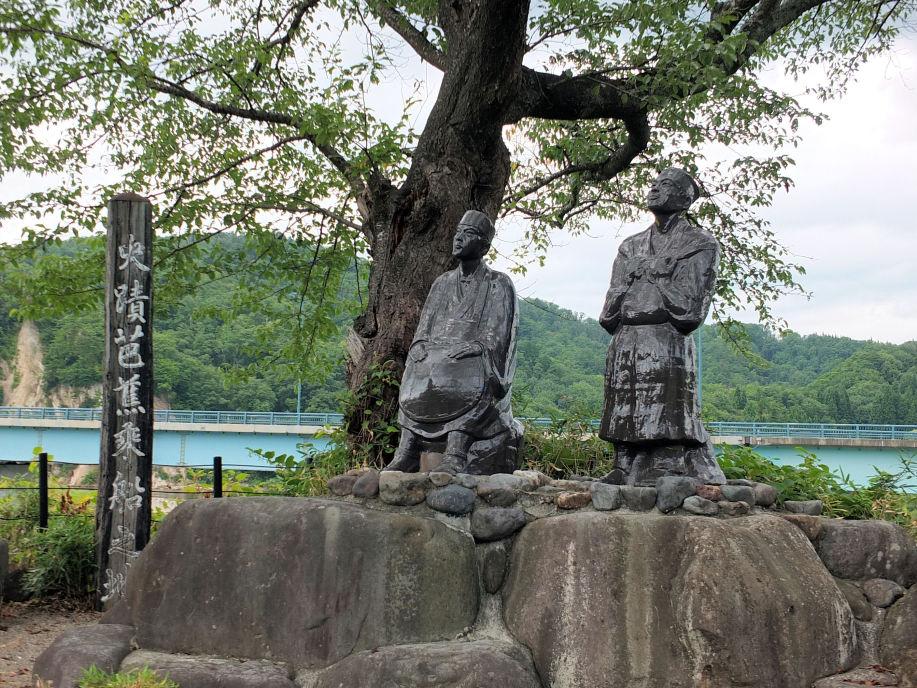 五月雨を集めて早し最上川 季語